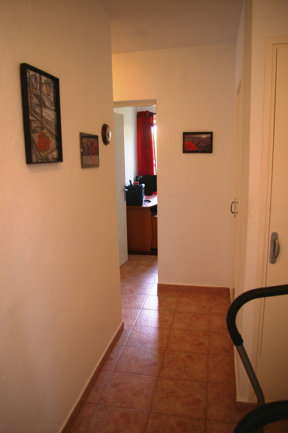 Detached Villa with Sea Views For Sale Porto Cristo hallway